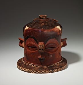 "Image of Mask (""Kipoko"")"