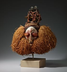 Image of Initiation Mask with Two Figures